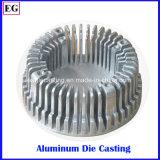 280t la macchina che di pressofusione l'alto dissipatore di calore su ordine dell'indicatore luminoso della baia di alluminio la pressofusione