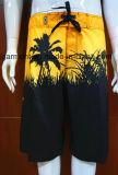 Доска прибоя флористической печати замыкает накоротко Beachwear Swimwear для людей