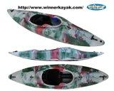 Singolo seder in kajak di plastica di corsa con gli sci dell'acqua bianca LLDPE