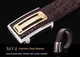 贅沢な本物のワニの革人のウエストの金属の革ベルト