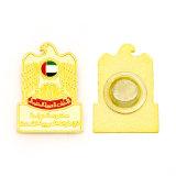 Kenteken van de Knoop van het email het Gouden Plastic met Magneet