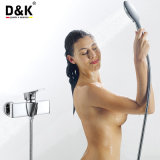 現代デザイン高品質の真鍮のシャワーキットが付いているクロムによってめっきされるシャワーのコック