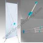 携帯用Xのアルミニウム管の旗の陳列台(BN-10-2)