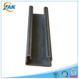 El metal sin soldar más caliente que enmarca a surtidor eléctrico del canal del puntal