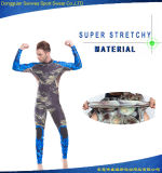 ゴム製膝パッドが付いているネオプレンのカムフラージュのスキューバダイビングの水着