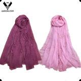女性は頭骨のヘッド刺繍の絹のしわのクレープのスカーフを卸し売りする