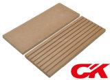 Plancher composé en plastique en bois de Decking imperméable à l'eau chaud de la vente WPC