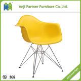 Asiento de los PP con el diseño de base de acero cromado Asiento colorido colorido duradero que casa la silla (coral)