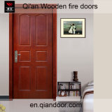 Puerta cortafuego interior de madera de la piel de la teca