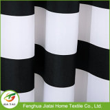 Tenda di acquazzone a strisce orizzontale bianca nera della stanza da bagno del tessuto