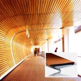 Techo de aluminio de la tira del techo decorativo de madera del color