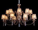 Lámpara pendiente del metal moderno de China con la cortina de la tela