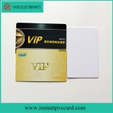 Cartão imediato do PVC da identificação do tamanho padrão do cartão de crédito
