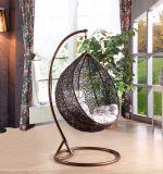 現代余暇の円形の藤のテラスの家具のハングの椅子(J811)
