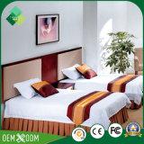 Het Meubilair van de Slaapkamer van het Hotel van het Tweepersoonsbed van de Stijl neo-China voor Verkoop wordt geplaatst die