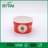 A bacia de sopa de papel descartável com a tampa para leva embora