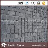 G654暗い灰色の花こう岩の玉石の石または立方体の石か敷石