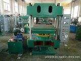 Machine hydraulique en caoutchouc de vulcanisateur de quatre fléaux