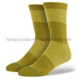 Art-flippige Mann-Socken der Form-200n