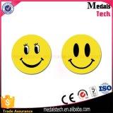 Concevoir les insignes en fonction du client de Pin de bouton de face de sourire en métal avec le prix bas
