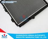 Radiatore di alluminio di Hilux (diesel) con i serbatoi di plastica