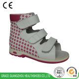 La salud de la tolerancia calza 2016 zapatos ortóticos de los zapatos de cuero del cabrito
