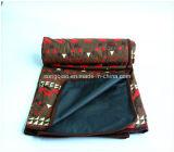 中国の製造業者によって印刷される防水折るピクニック毛布