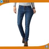 Da fábrica da forma dos homens calças magros novas Jean ocasional do ajuste em linha reta