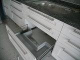 Шкаф тщеты лака деревянный