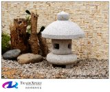 Lanterna de pedra cinzelada do granito antiguidade natural