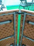 A cadeira e a tabela novas do Rattan do hotel do projeto, plástico usado ao ar livre dobram acima a tabela do vime do Rattan
