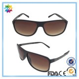 2016 lunettes de soleil de mode polarisées par sports neufs pour des Mens