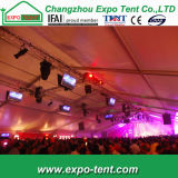Grande tente de luxe de noce avec la décoration