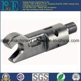ODMの高精度の鋼鉄鍛造材のトラクターの部品