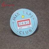 주문을 받아서 만들어진 단단한 사기질 테이프 로고 음악 클럽 접어젖힌 옷깃 핀