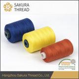 Oeko-Texの高い粘着性Workwearのための100%年のポリエステル縫う糸