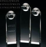 Trophée en cristal de cube de globe en récompense en cristal solide de bloc