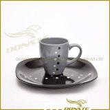 Het ceramische Met de hand geschilderde Vastgestelde Ceramische die Diner van het Vaatwerk voor Reeks van het Diner van het Hotel de Use/16PCS In reliëf gemaakte wordt geplaatst
