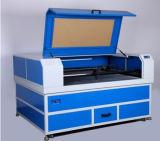 Máquina de estaca automática da gravura do laser do CO2 do CNC para o couro acrílico