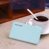 Colorful Universal 4000mAh Ultra-Thin Models Chargeur portable Mobile Power Bank / Supply for Charging