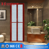 Portello di piegatura della stanza da bagno con il reticolo decorativo di stile cinese