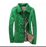 덧대진 Parkas, 여자의 겨울 가을 외투를 누비질하는 상표 겉옷 격자 무늬