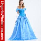 女性のおとぎ話の王女Blueのデザインの凝った服の衣裳