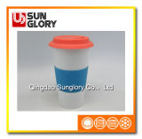Усильте кружку фарфора с случаем силикона и крышку Lkb001