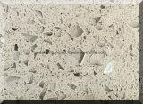 固体表面のための人工的な水晶石の平板