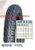 オートバイのタイヤかオートバイのタイヤ3.00-17、3.00-18。 普及したパターン