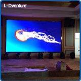 Colore completo dell'interno che fa pubblicità al comitato del LED Digital