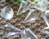 Grânulos brancos da forma do lápis de quartzo