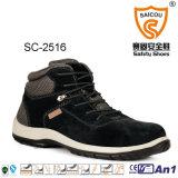 Hohe Schnitt-Sicherheits-Schuh-Arbeit lädt industrielle Schuhe auf