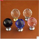 I perni di portello variopinti dell'armadio di cristallo per il cassetto tratta le mobilie